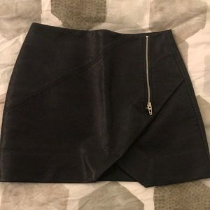 Blank NYC Leather Look Skirt Size26